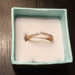 Chevron gold ring with cz stones